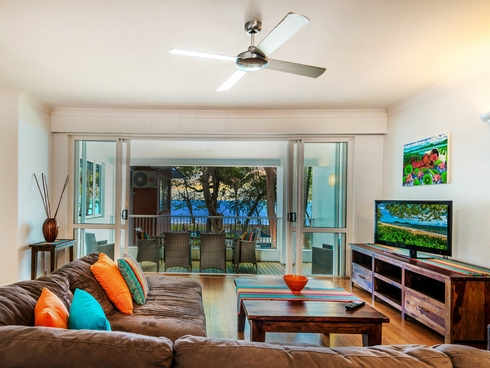 Apartment 9/111-117 Williams Esplanade Palm Cove, QLD 4879
