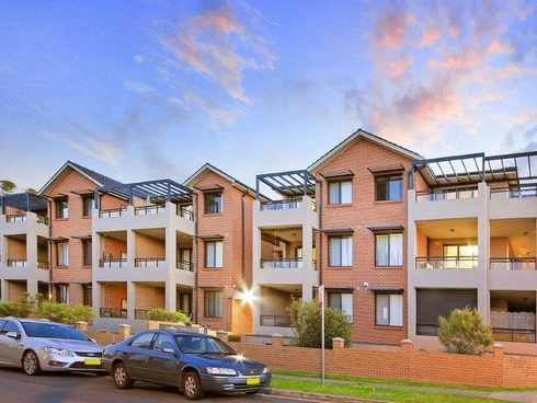 12/10-12 Wingello Street Guildford, NSW 2161