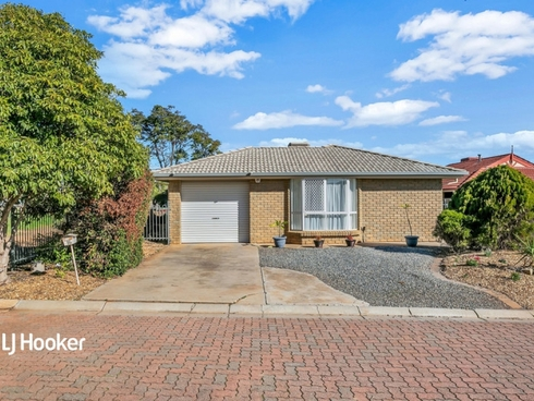 16 Cinnamon Grove Blakeview, SA 5114