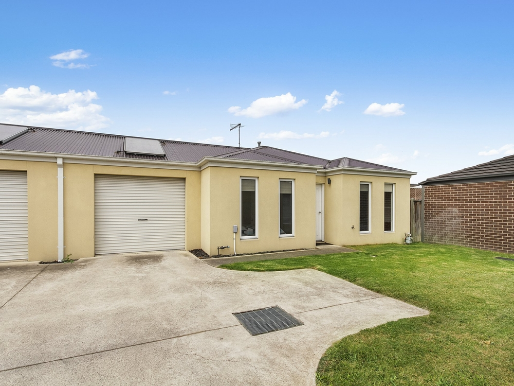 Unit 8/115 Liddiard Road Traralgon, VIC 3844