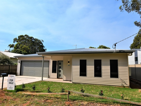 13 Pia St Russell Island, QLD 4184