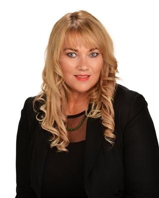 Debbe Berkett profile image