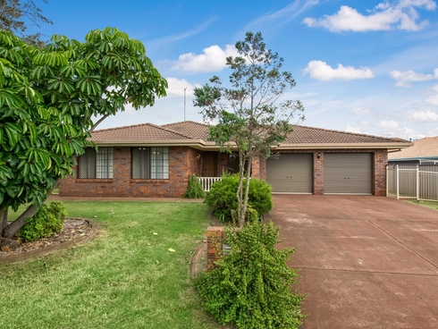 10 Jull Drive Centenary Heights, QLD 4350