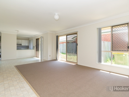 12 Lansdown Road Waterford West, QLD 4133
