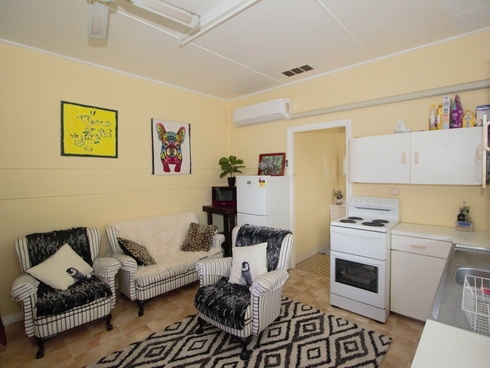 8b Latham Avenue Harrington, NSW 2427