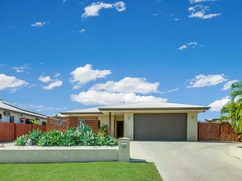 10 Schooner Street Tannum Sands, QLD 4680