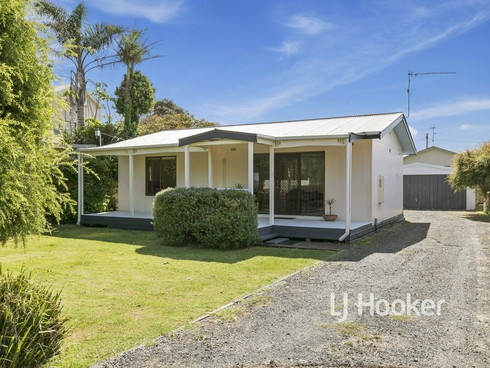 54 Anglers Road Cape Paterson, VIC 3995