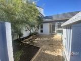 16B/10 Spinnaker Drive Sandstone Point, QLD 4511