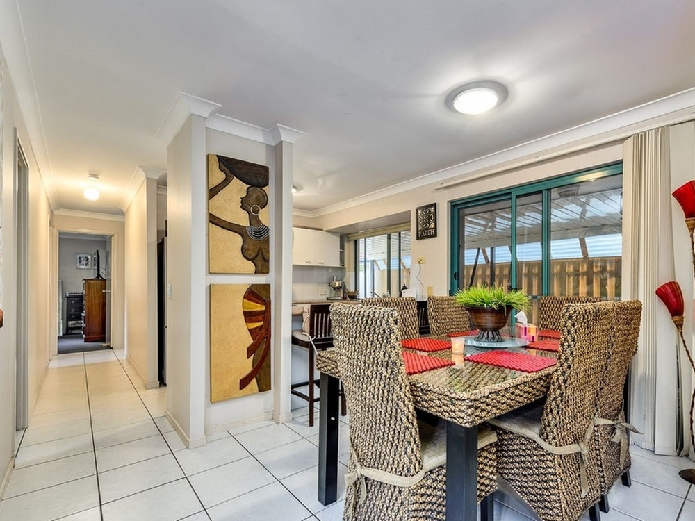 15/6 Buddy Holly Close Parkwood, QLD 4214