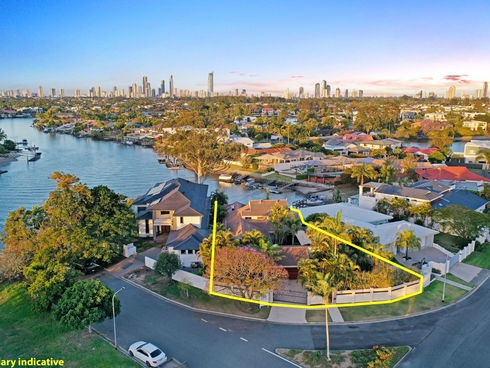 4 River Crescent Broadbeach Waters, QLD 4218