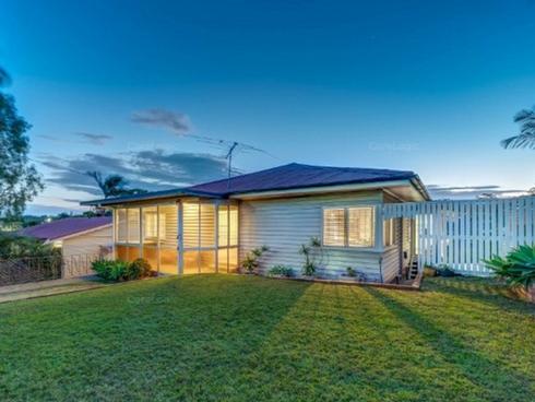 32 Ryena Street Stafford, QLD 4053