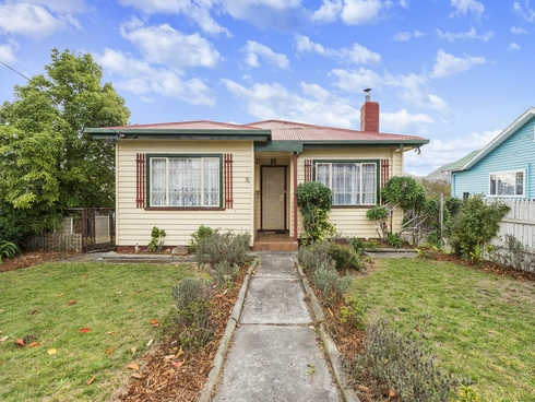 32 Windermere Beach Road Claremont, TAS 7011