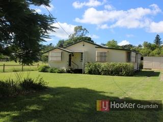 11 Arthur Street Gayndah, QLD 4625