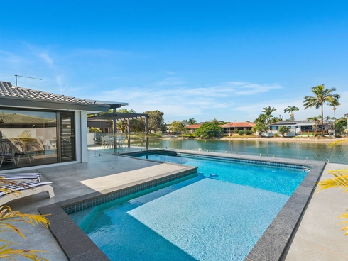 10 Swordfish Court Palm Beach, QLD 4221
