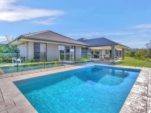 108 Whiptail Place Advancetown, QLD 4211