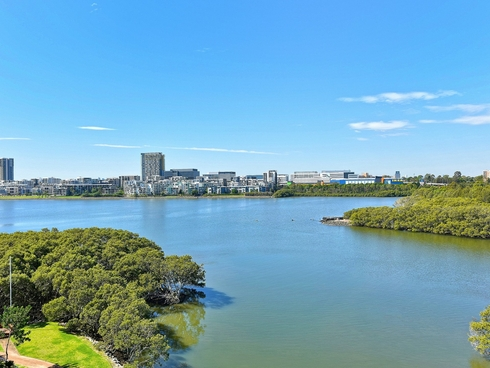 65/29 Bennelong Parkway Wentworth Point, NSW 2127