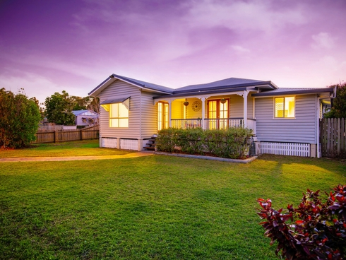 9 Dunkirk Street Svensson Heights, QLD 4670