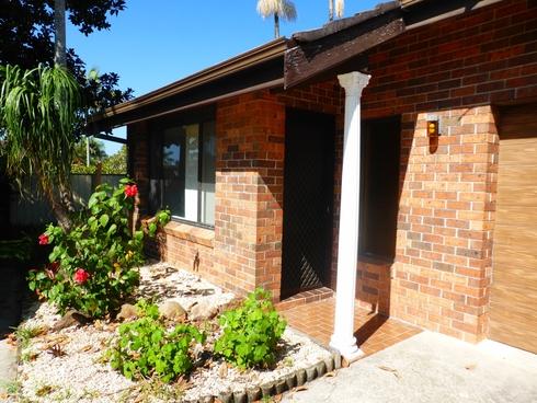 Villa 2/38 Regency Circuit Tuncurry, NSW 2428