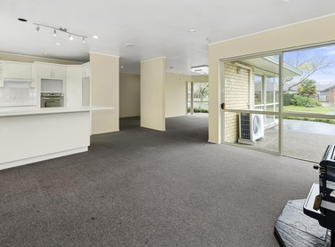 3 Gairloch Place Wattle Downsproperty carousel image