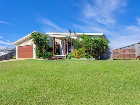 16 Lomandra Avenue Cooloola Cove, QLD 4580
