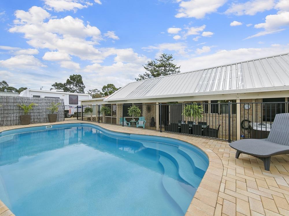 33 Derwent Drive Lake Haven, NSW 2263