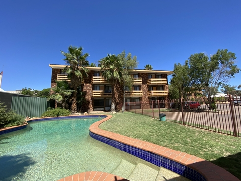 17 Railway Terrace Alice Springs, NT 0870