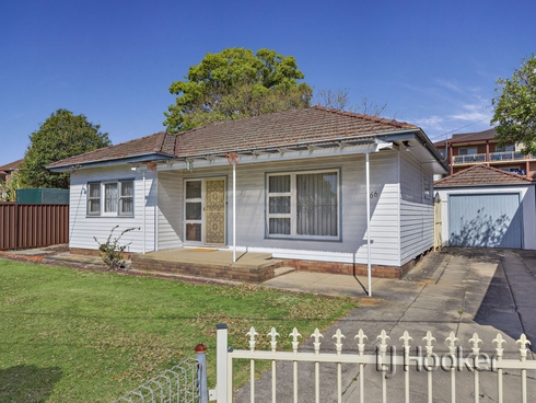 66 Lilian Lane Campsie, NSW 2194