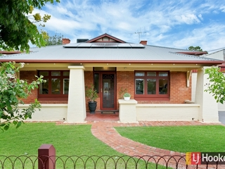 2 Dinwoodie Avenue Clarence Gardens , SA, 5039