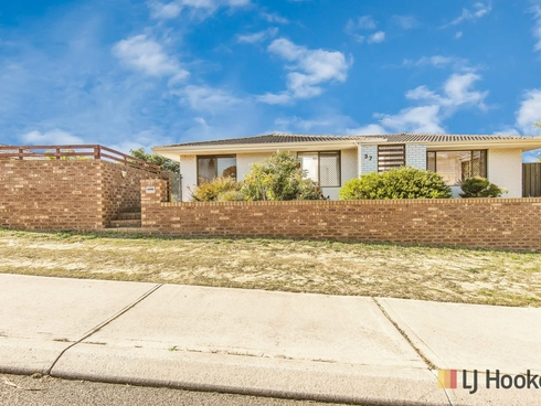 37 Galleon Road Beldon, WA 6027