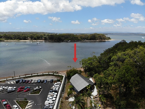 12 Russell Terrace Macleay Island, QLD 4184