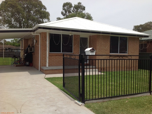 8 Treleven Way Raymond Terrace, NSW 2324