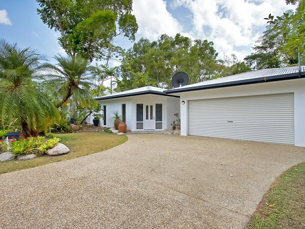 44 Satellite Street Clifton Beach, QLD 4879