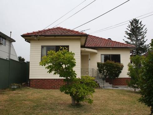 102 WYCOMBE STREET Yagoona, NSW 2199
