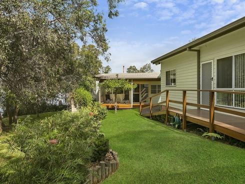 34 Diamond Head Drive Budgewoi, NSW 2262