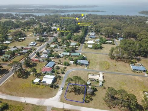 5 Banksia Street Russell Island, QLD 4184
