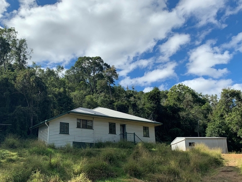 167 Sawpit Gully Rd Rockmount, QLD 4344