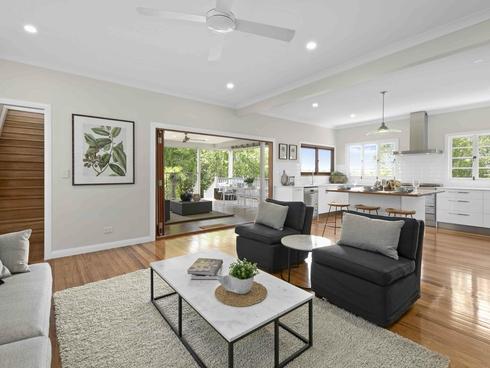 11 Lily Avenue Yeronga, QLD 4104