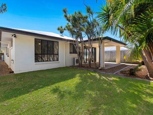 16 Gilchrist Street Wellington Point, QLD 4160