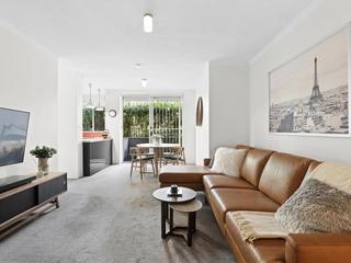 2/2-6 Brown Street Newtown, NSW 2042