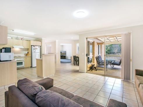 212 Napper Road Parkwood, QLD 4214