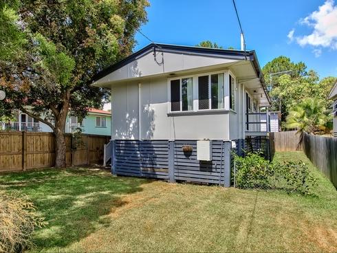 97 Farrant Street Stafford Heights, QLD 4053