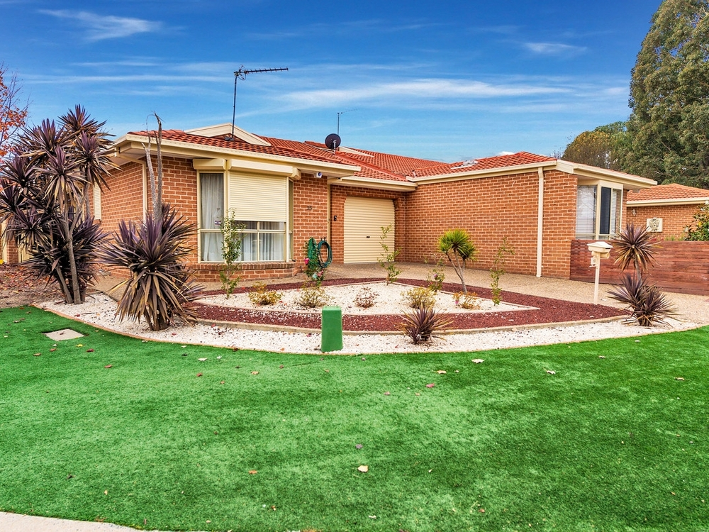 13 Nambir Court Bonython, ACT 2905