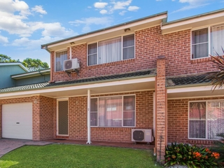 2/261 Brisbane Water Drive West Gosford , NSW, 2250