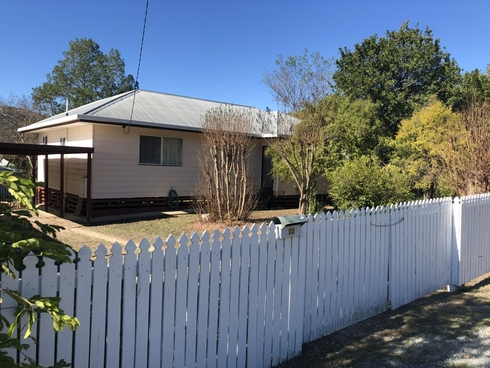 22 Down Street Esk, QLD 4312