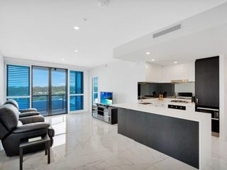 4607/5 Harbour Side Court Biggera Waters , QLD, 4216