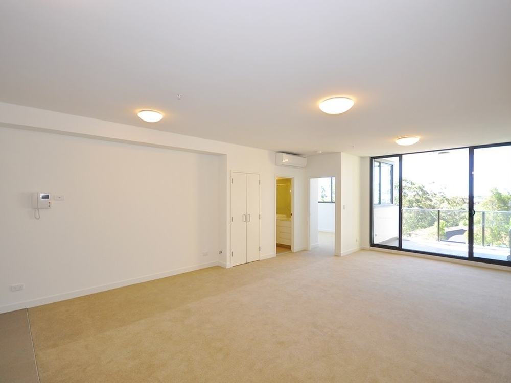 612/135 Pacific Highway Hornsby, NSW 2077