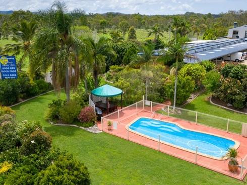 Benaraby Hilltop Motor Inn/48902 Bruce Highway Benaraby, QLD 4680
