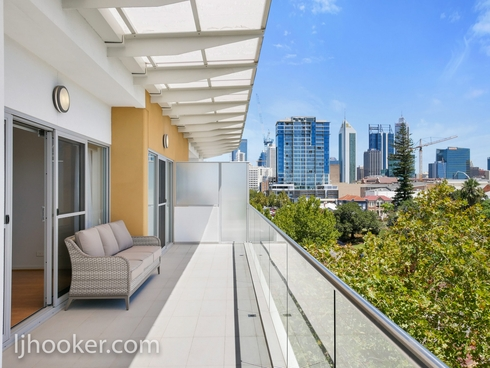 FOR DISPLAY 39/180 Stirling Street Perth, WA 6000