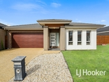 10 Belcam Circuit Clyde North, VIC 3978