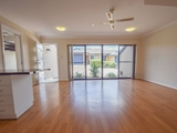 8/157 William Street Young, NSW 2594